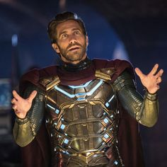 Jake Gyllenhaal's Mysterio Is a Villain Who Knows He's in a Superhero Movie