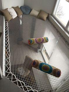 rope hammock space for reading and relaxing - Raumteiler Kids Bedroom, Bedroom Decor, Bedroom Ideas, Childrens Bedroom, Bedroom Ceiling, Mezzanine Bedroom, Bedroom Loft, Dream Bedroom, Dream Rooms