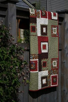 Corner Block Quilt-1 print, 4 solids Quilt - Love the Colors!