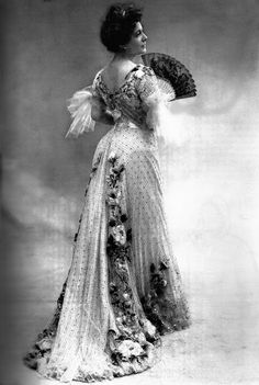 Dress by Jacques Doucet, 1901