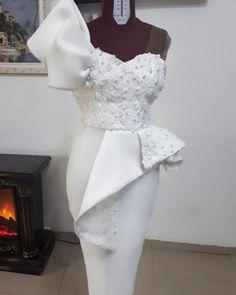 60 Latest Nigerian Aso Ebi Styles 2018 : Wedding Styles - Aso Ebi Styles - Aso ebi for wedding Lace Dress Styles, African Lace Dresses, Latest African Fashion Dresses, Black Wedding Dresses, Elegant Dresses, Beautiful Dresses, Vintage Dresses, Modest Wedding, Tulle Wedding