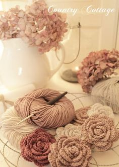 My Country Cottage Garden: Crocheted Roses - My Favourite Colours!
