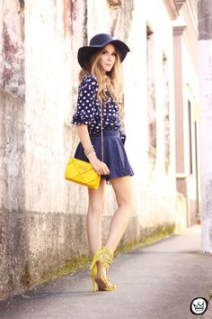 http://fashioncoolture.com.br/2014/01/16/look-du-jour-i-know-i-wont-be-leaving-here-with-you/