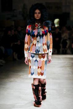 #prada  #fashion  #Koshchenets  Défilé Prada prêt-à-porter femme automne-hiver 2017-2018 22