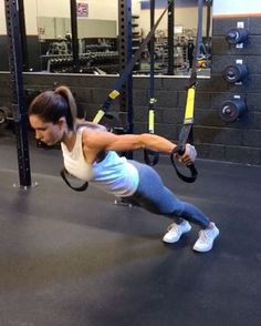 """18.6k Likes, 357 Comments - Alexia Clark (@alexia_clark) on Instagram: """"TRX UPPER BODY WORKOUT  1. 12 each side  2. 15 each side  3. 15 reps  4. 12 reps  3-5 rounds…"""""""