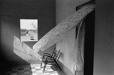 """Guy Le Querrec, Afrique de l'Ouest. Mali. Gao, Hôtel Atlantide. 20ème jour du """"Raid 88 - Renault 19 / Conakry - Cap Nord"""". Mercredi 21 septembre 1988"""