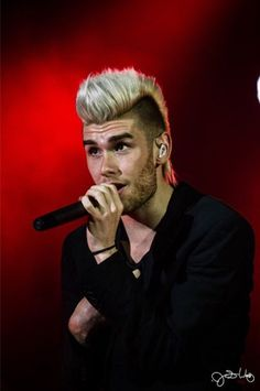 Blessing your feed with Colton Dixon. You're welcome.