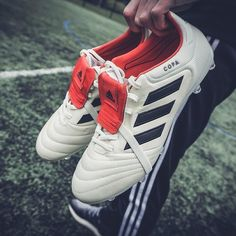 cheap for discount 26578 94b5e The new Sunday league head-turner. 80 Leather Tongue Champagne Done deal   LINK IN BIO