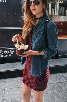 20 Must Try Spring Outfits - Shirt Casuals - Ideas of Shirt Casual - Already enjoying Spring? I'm eager to start trying these Must Try Spring Outfits. Lots of inspiring ideas to create perfect Spring outfits Mode Outfits, Fall Outfits, Casual Outfits, Casual Clothes, Dress Casual, Hipster Summer Outfits, Spring Dresses Casual, Spring Fashion Outfits, Urban Outfits