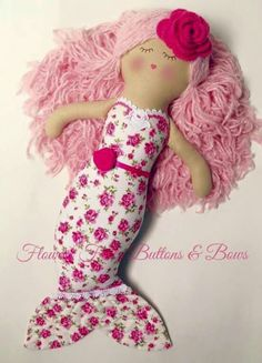 Underwater love mermaid dolly - sandy by Flowers Frills Buttons and Bows. Mermaid Toys, Tilda Toy, Stuffed Animal Patterns, Stuffed Animals, Sewing Dolls, Diy Doll, Fabric Dolls, Sewing For Kids, Barbie Clothes