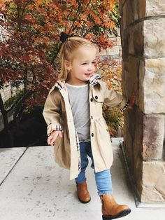 and baby fashion Kids Fashion Girls Toddler Fall Outfits Girl, Girls Fall Outfits, Toddler Girl Style, Little Girl Outfits, Little Girl Fashion, Toddler Fashion, Fashion Children, Baby Girl Fall Clothes, Cute Kids Outfits