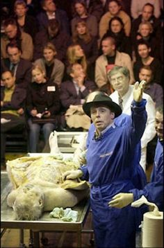 Designed by Controversial Anatomist Von Hagens Animal Inside Out Has US Debut in Chicago - Entertainment Designer Blog
