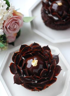 Death By Chocolate, Chocolate Art, 8th Anniversary, Beautiful Desserts, Cake Ideas, Biscuits, Dessert Recipes, Birthday Cake, Sweets