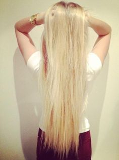 Long blonde hair... Do you think this is cute or no?
