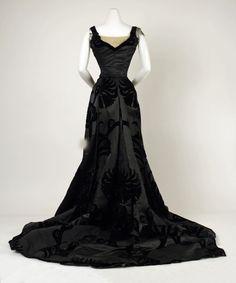 Worth evening dress ca. 1898-1900 From the Metropolitan Museum of Art