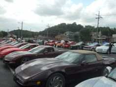 Downtown Parkville Cruise Nights