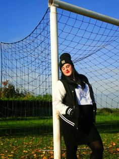 sporty chic http://anaispenelope.blogspot.fr/2013/11/french-curves-5.html #FrenchCurves