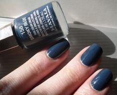 Mavala Nail Polish, Beauty Makeup, Blog, Make Up, Nail Art, Cream, My Style, Nails, Fingers