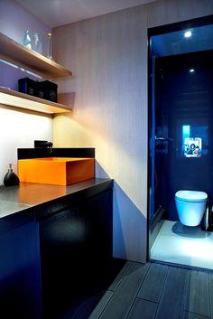 μπάνιο σε studio στα Μελίσσια