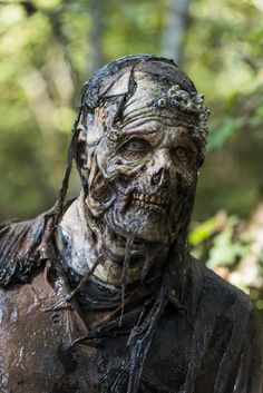 Walker - The Walking Dead _ Season 7, Episode 15 - Photo Credit: Gene Page/AMC - Daily Dead