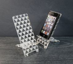 Triangle Art iPhone 5 or iPhone 4/4S Phone Stand Docking Station - Hollywood Regency