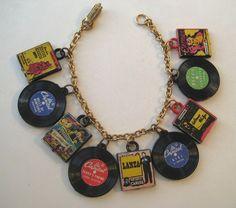 1950s vintage plastic record charm bracelet