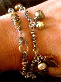 Nina Bagley - again with the wire wrap♡ Wirework Jewelry Tutorials, Jewelry Crafts, Jewelry Art, Jewelry Bracelets, Handmade Jewelry, Jewelry Design, Fashion Jewelry, Diy Bracelet, Aluminum Wire Jewelry