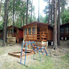 Ekologiczne drewniane domki na naszym ośrodku.