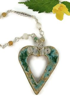 Sea Blue Ceramic Heart Agate Gemstone Silver Wire by HeliHelmed, €19.00