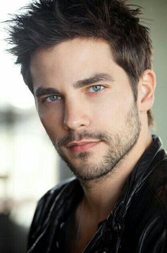 Brant Daugherty (August 20, 1985) USA actor.