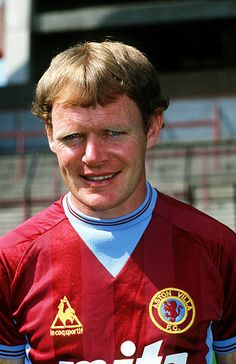 Eamonn Deacy Aston Villa 1984 🇮🇪 British Football, English Football League, Retro Football, Aston Villa Fc, Vintage Jerseys, Soccer Shirts, Stock Pictures, Image Collection, Football Players