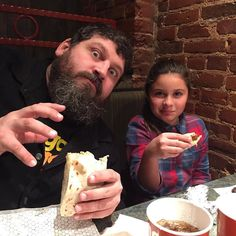 @emcake_wonder got to pound some burritos w/ her old pal @draplin tonight... #tiredgirlinthemorning #bubs #ruble by subpop2000