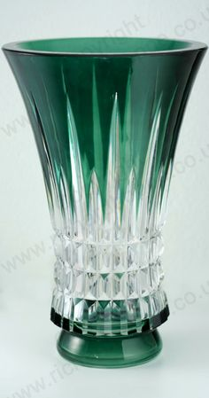 VINTAGE GLASS IN GREEN. c.1950s VAL ST. LAMBERT EMERALD OVERLAY CRYSTAL VASE. To visit my website click here: http://www.richardhoppe.co.uk or for help or information email us here: info@richardhoppe.co.uk