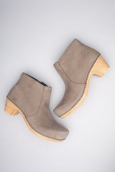 Maria Taupe Milled Nubuck from the Tivoli collection