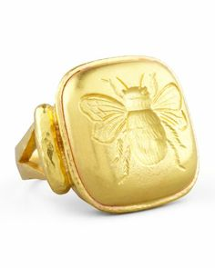 Gold Bee Cushion Ring by Elizabeth Locke at Neiman Marcus. Unique Diamond Rings, Vintage Diamond Rings, Bee Jewelry, Jewelry Shop, Jewelry Rings, Jewlery, Insect Jewelry, Jewelry Art, Bee Ring