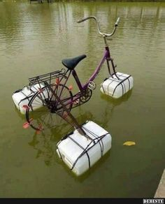 20 brilliant inventions created by creative people (New Pics) Ideas Para Inventos, Pimp Your Bike, Old Bikes, Cool Inventions, Survival Skills, Funny Photos, Kayaking, Recycling, Cool Stuff