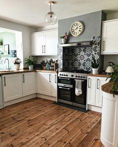 Kitchen Decor Ideas for Walls . Kitchen Decor Ideas for Walls . Makeover Your Kitchen Cabinets for More Storage and Wood Kitchen Cabinets, Kitchen Chairs, Kitchen Tiles, Kitchen Flooring, New Kitchen, Kitchen Decor, White Cabinets, Wooden Kitchen Floor, Kitchen Counters