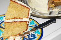 Delectably Different: Gluten-Free Summer Lemonade Cake!