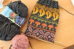 Crochet Socks, Knit Crochet, Fair Isle Knitting, Bunt, Winter Hats, Crafts, Crocheting, Inspiration, Fashion