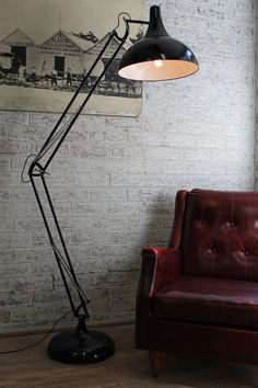 Large Metal Floor Lamp. Extra large lamp in gloss black. Industrial style.