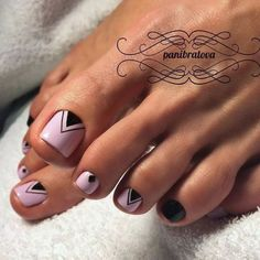 Cool Nail Toe Designs with Geometric Prints picture 2 Pretty Toe Nails, Cute Toe Nails, My Nails, Toe Nail Color, Toe Nail Art, Acrylic Nails, Pedicure Nail Art, Manicure And Pedicure, Pedicure Ideas