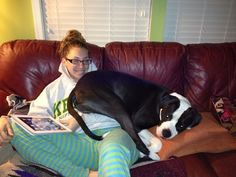 The snuggle sessions are UNMATCHED. | 28 Ways Having A Pet Brightens Your Day