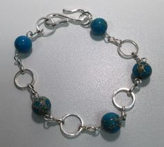 Bracelet with Regalite beads by Ruth.