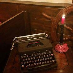 Iniziamo a #scrivere la #storia #doriangrayrestaurant #noviligure #victorian #steampunk #julesverne