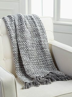 shop decorative blankets sofa throws online in canada simons simons - Decorative Throw Blankets