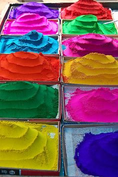 Different colored chalks being sold in Kothagudem, photographed by Ron Harmon Taste The Rainbow, Over The Rainbow, Rainbow Colours, Vibrant Colors, Holi Powder, Holi Colors, Colored Chalk, Royal Colors, Rainbow Brite