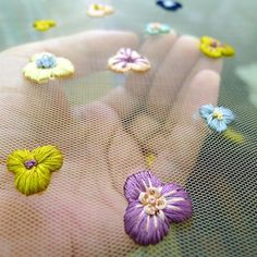 Here you go... A handful of tiny #flowers | wishing all a lovely weekend... #needlework #silk #thread #handembroidery #embellishments #fashion and #bridal