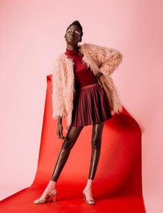 Fashion editorial studio color models 68 super Ideas Source by Fashion Kids, Foto Fashion, Fashion Poses, Pink Fashion, Fashion Shoot, Editorial Fashion, Trendy Fashion, Fashion Trends, Fashion 2018