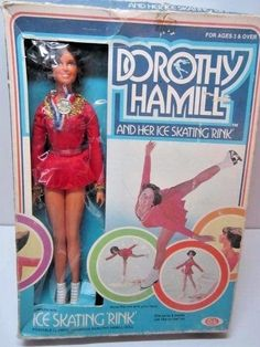VINTAGE 1977 DOROTHY HAMILL & HER ICE SKATING RINK DOLL IN BOX 1970'S IDEAL TOY #IDEAL #DollswithClothingAccessories