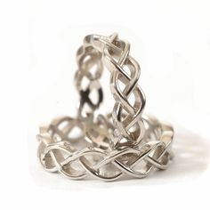 Browse unique items from CelticEternity on Etsy, a global marketplace of handmade, vintage and creative goods. Vikings, Irish Wedding Rings, Unique Rings, Unique Jewelry, Jewelry Ideas, Art Nouveau Ring, Celtic Knot Ring, Spoon Jewelry, Jewlery